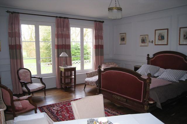Chambre d 39 h tes en ch teau la chambre 1900 en picardie for Maison hote picardie